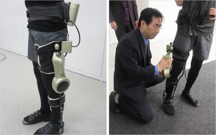モジュール型wearable歩行支援機器     装着の様子(サンコール株式会社 小早川氏)